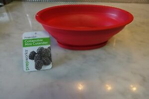 Collapsible 3.5 cup Colander w/ Snap-on Base, RED, Prepworks by Progression