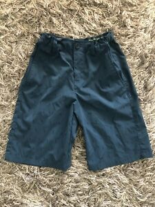 Under Armour Boys Youth Loose Fit Golf Shorts Size Med Adjustable Waist $11.99