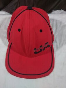 Red Under Armour M L fitted Cap. Pre owned. Free shipping. $20.99