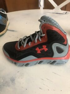 Under Armour SPINE BIONIC 1238198 061 Basketball Shoes Kids Size 4y $16.50