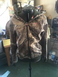 Woman's Real Tree Under Armour Camo Zip Up Hooded Jacket Storm $30.00