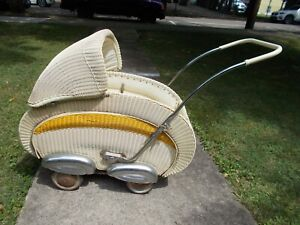 ANTIQUE BASKET STREAMLINE WICKER CARRIAGE STROLLER BUGGY IN GREAT CONDITION  $525.00