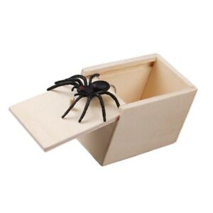 1PC Wooden Prank Fake Spider Scare Box Hidden in Case Trick Play Gag Gifts Toy