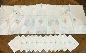 Vintage embroidered flowers white tablecloth 12 napkins set oval 102 x 66quot; Lg