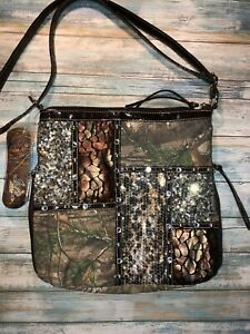 Realtree Long Strap Camouflage Purse