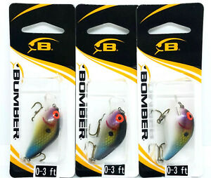 LOT OF 3 BOMBER SQUARE A FISHING LURES 1 5 8IN 1 4OZ BABY THREADFIN SHAD