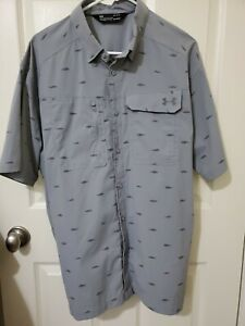 UNDER ARMOUR FISHING SHIRT HEATGEAR FISH PATTERN LOOSE MENS SIZE LARGE