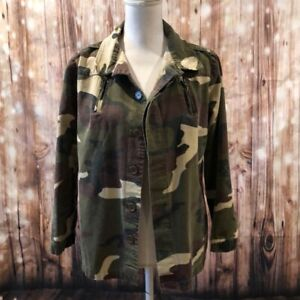 Camouflage Women#x27;s Button Down Shirt Thin Jacket Size Small