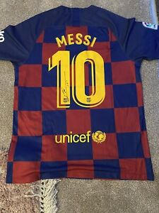 LIONEL MESSI SIGNED BARCELONA FOOTBALL SHIRT With COA GBP 294.99