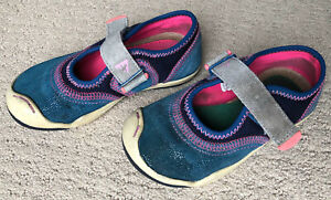 PLAE Emme Shimmer Suede Girls Shoes Size 9 $14.99
