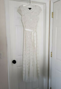 Womens Junior White Lace Sequin Dress Long Formal Wedding Prom Party Size 6 $29.99