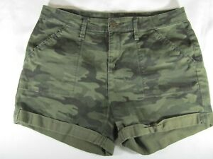 Time amp; Tru Classic Camouflage Women's Mid Rise Shorts – Size 14 – Preowned