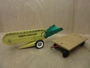 Vintage Structo Construction Toy Sand Loader Metal with Other Cart Trailer $49.99