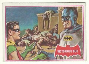 1966 TOPPS BATMAN # 28A VICTORIOUS DUO USA RED BAT CARD LOOK