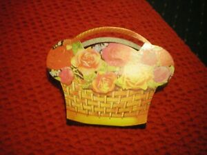 VINTAGE STYLE SEWING KIT BASKET OF FLOWERS BY DOTCOMGIFTSHOP NEW IN PACKET GBP 2.49