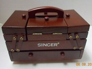 Vintage SINGER WOOD SEWING CHEST STORAGE BOX Accordion Style Fold Out Excellent $39.99