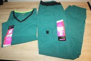 NWT ScrubStar Scrubs Womens Active V Neck Top amp; Pull On Pant in Green Gardens