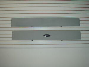 2002-2005 Ford Explorer  Aplique Molding for  the  Hatch door 1L2Z78402A30CAPTM