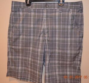 Men's Under Armour Gray Plaid Casual Golf Shorts - 34