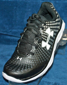 Youth Boys under Armour BGS Spine Clutch Size 3.5 - 1255486-001