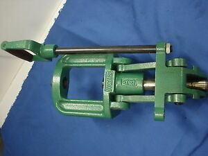 RCBS Big Max press A4 collet type ram used great shape