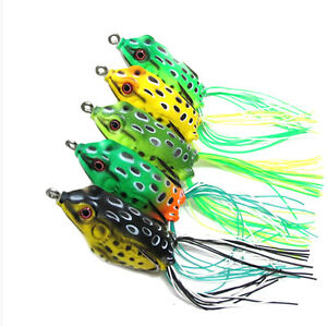 Lot 5PCS Cute Frog Topwater Fishing Lure Crankbait Hooks Bass Bait Tackle