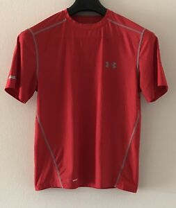 Under Armour Men Dry Fit Athletic Shirt Size Medium Color Red Heat Gear