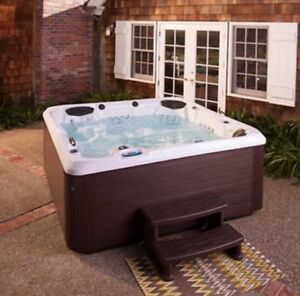 Aquaterra Spas Ventura 96-jet 6-person Lounger Spa NEW SHIP FROM FACTORY