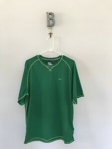 Nike dry fit shirt. Mens Large. Green $6.99