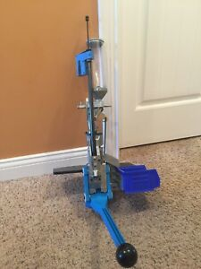 Dillon Square Deal B 9mm reloading press with ammo cases and manual! WOW!