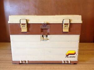 VINTAGE PLANO 757 -4 DRAWER TACKLE BOX WITH TOP COMPARTMENT ( full of tackle )