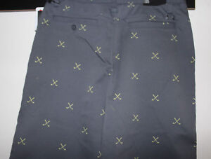 BOYS YOUTH KIDS UNDER ARMOUR MatchPlay Printed Golf Cargo Shorts-12-Gray-NWT-$50