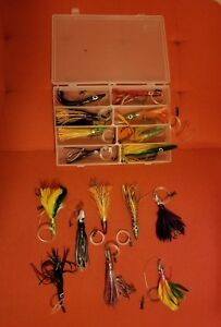 LOT OF 19 PIECES ZUKERS TSUNAMI LURES FISHING LURES TACKLE BOX INCLUDED!