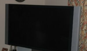 Sony LCD Projection TV 60' flat