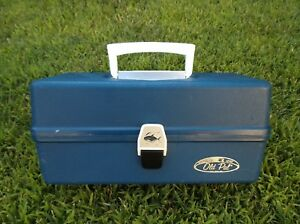 VINTAGE OLD PAL TACKLE BOX 2 TRAY BLUE #1240 LOADED WITH VINTAGE LURES