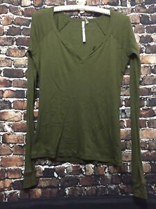 Out From Under Womens Urban Outfitter Green Top Size L $12.00