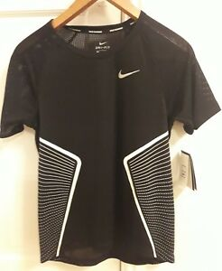 New NIKE DRY DRI FIT RUNNING T-SHIRT TOP Graphic womens ladies Black Size  Large