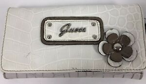 GUESS Wallet Women's NWT Ivory Stone Design Checkbook Faux Leather Logo