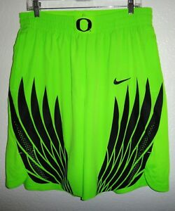 EUC MENS XL NIKE OREGON DUCKS ELECTRIC GREEN BASKETBALL SHORTS AUTHENTIC WINGS