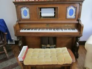 UNIVERSAL PLAYER PIANO  STORY AND CLARK