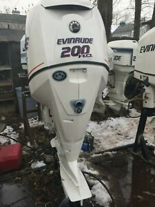 2007  200 hp etec ho   25 inches shaft  700 hours on it