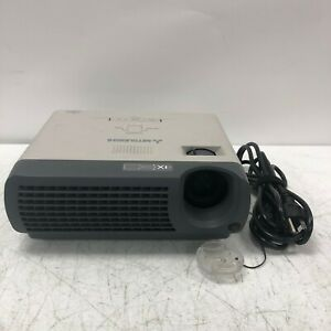 Mitsubishi SD110U Multimedia Desktop Home Theater DLP Data Projector 2200 Hours