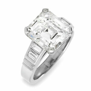 Baguette Diamond Engagement Ring Mounting in Platinum