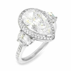 Pear Shaped Diamond Halo Engagement Ring Mounting in Gold