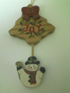 VINTAGE WOODEN XMAS ORNAMENT W/ SWINGING FROSTY HANGING OFF TREE