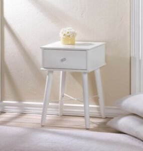 White Modern chick side table $70.00