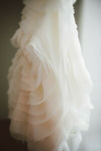 Dreamy! White by Vera Wang Ivory Organza Trumpet Wedding Dress Gown Sz0 FreeShip