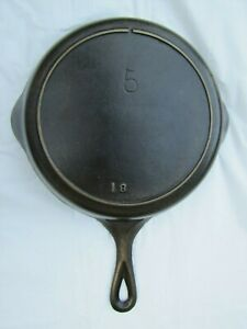 VINTAGE LODGE SINGLE NOTCH #5 CAST IRON SKILLET WITH HEAT RING