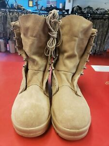 GI Genuine Army Military Sand Cold Weather Goretex  Military Boot 8.5 wide