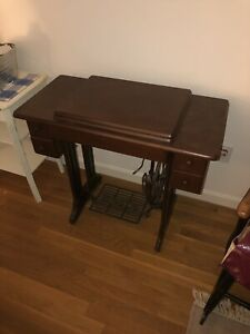Singer Antique Sewing Table $270.00